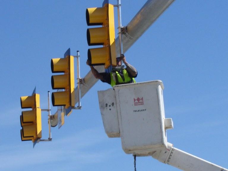 Traffic signal operator