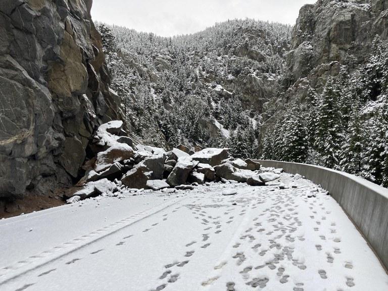 CO 119 Rockfall roadway 2