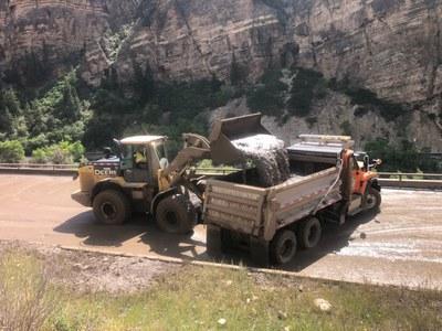 cdot trucks on scene at glenwood canyon