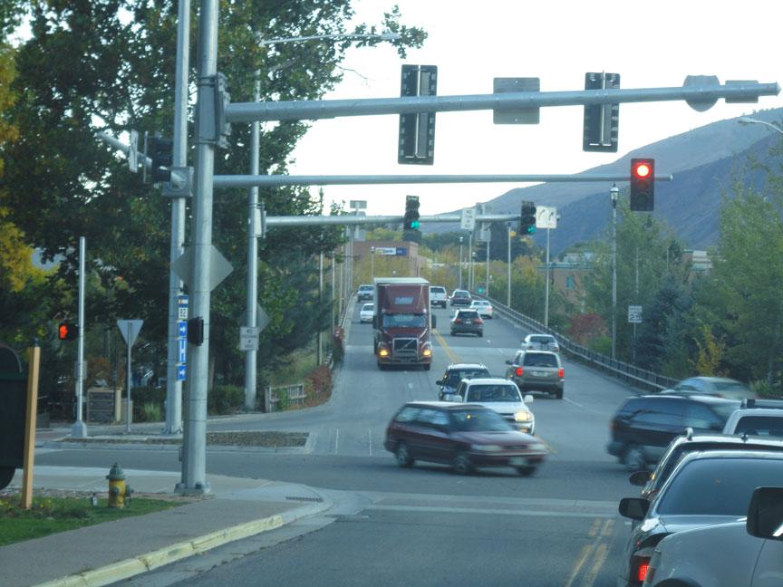 Truck both lanes on bridge - 2 detail image